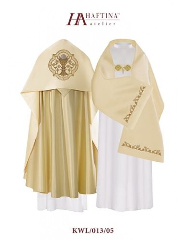Humeral Veil - Chalice & Eucharist in  Ornate golden scroll on Cream