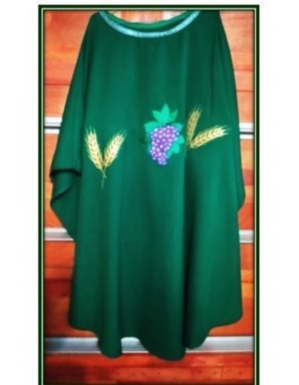 Chasuble in Green -  Grapes & Wheat